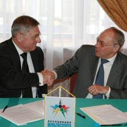 Yury Rodionov and Jose Damiani
